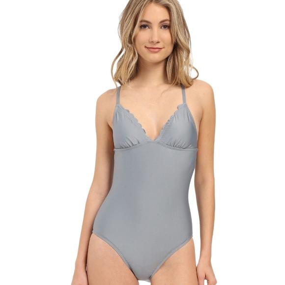 4c2881c94293a Splendid Swim | Hamptons Onepiece Suit | Poshmark